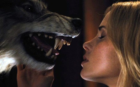 the cabin in the woods wolf head kiss makeout