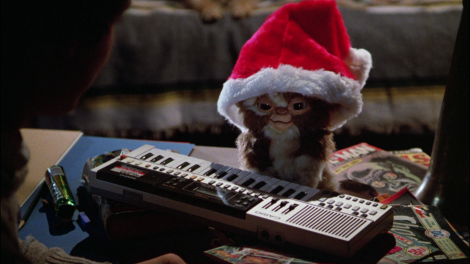 gremlins movie gizmo mogwai santa hat
