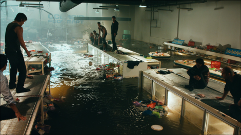 bait 3d movie supermarket flooded