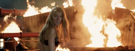 gwyneth-paltrow-bra-iron-man-3