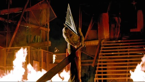 silent hill revelation pyramid head sword fire