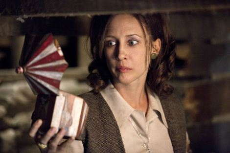 the conjuring vera farmiga music box mirror