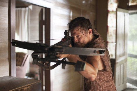 Daryl-dixon-norman-reedus-the-walking-dead-season-2-episode