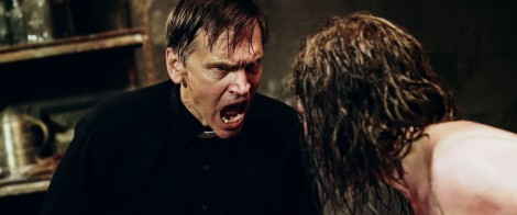 the-possession-experiment-bill-moseley-priest