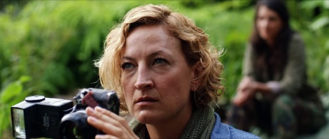 camino-movie-2015-zoe-bell-sheila-vand-camera