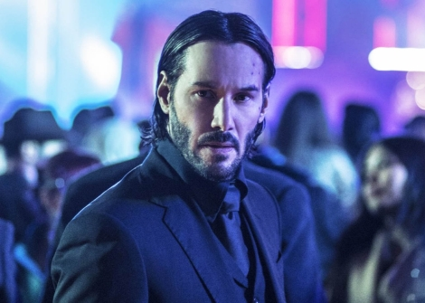 john-wick-chapter-2-keanu-reeves-2017-suit